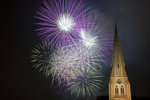 fireworks-blackheath photo by flickr user Gillbrit