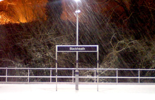 Snow in Blackheath station