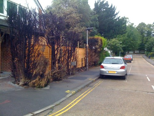 Location of the burnt out car in Foxwood Road